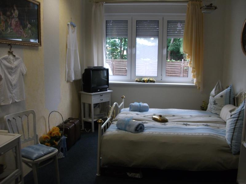 shabby chic familienpension bad blankenburg. Black Bedroom Furniture Sets. Home Design Ideas